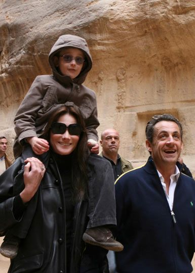 Николя Саркози , Карла Бруни с сыном
