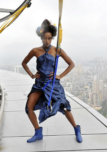 America's Next Top Model модель на крыше небоскреба