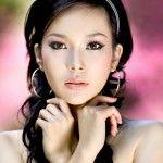 Азиатская топ-модель Лиу Вен