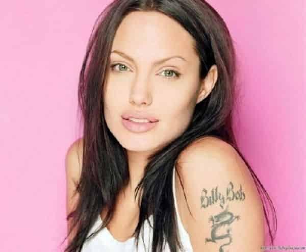 Анджелина Джоли татуировки