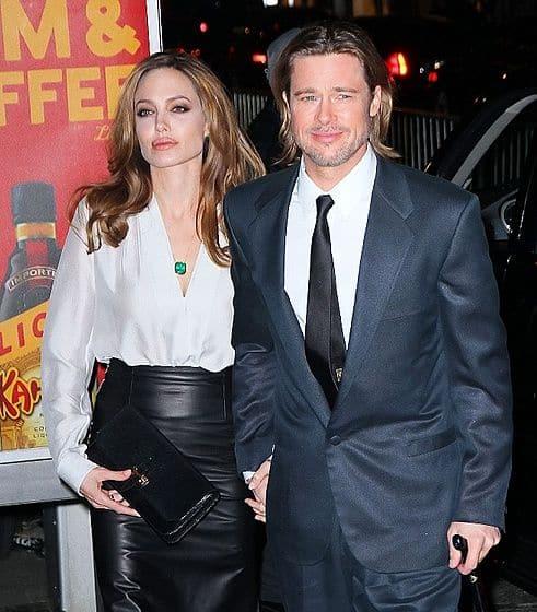 Анджелина Джоли с Бредом Питтом на светской вечеринке после операции