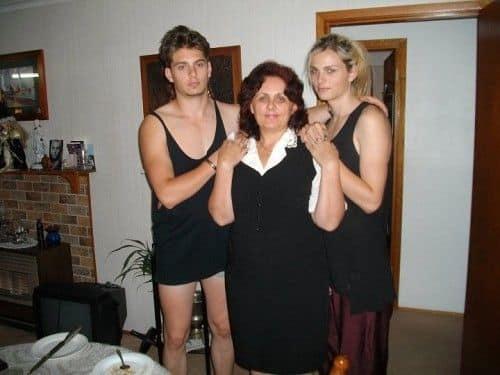 Андрей Пежич с мамой и братом