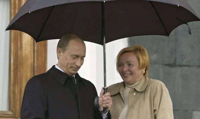 В этом году Владимир и Людмила Путины могли бы отметить тридцатилетие своего брака