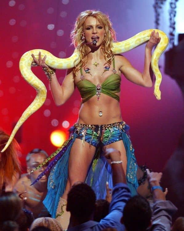 Бритни Спирс во время выступления
