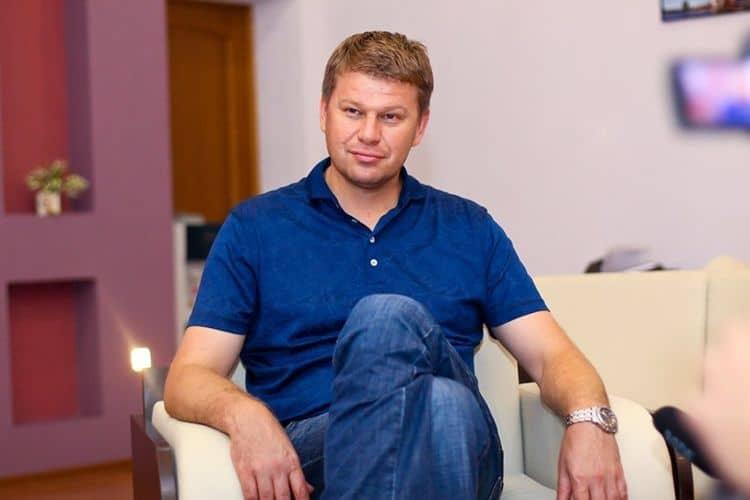 Инстаграм и Википедия Дмитрия Губерниева фото