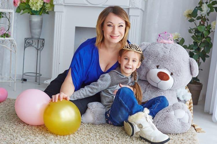 Дочь Ольги Тумайкиной - Полина Бондарь фото