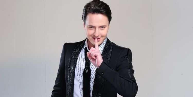 Инстаграм и Википедия Витаса (певец) фото