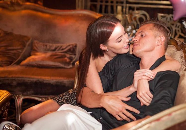 Последние новости Дмитрия Тарасова. У него новая девушка фото