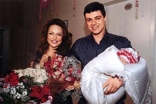Семья Аллы Довлатовой фото
