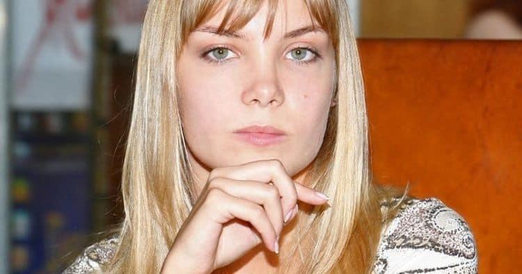 Фото Ольги Арнтгольц в журнале «Максим»