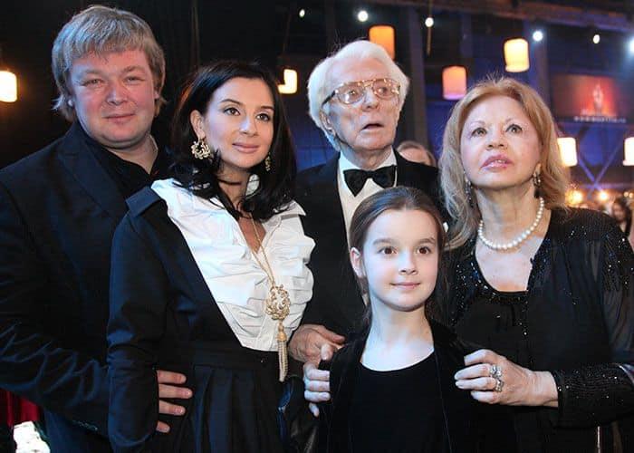Семья Олега Стриженова фото