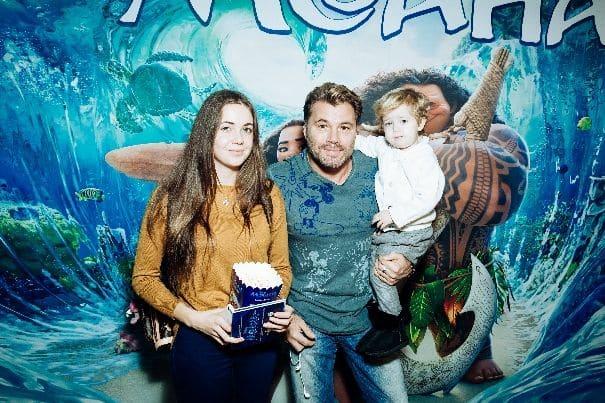 Семья и дети Олега Рой фото