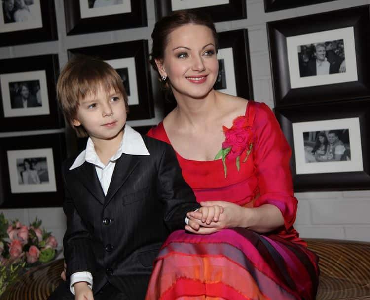 Семья и дети Ольги Будиной фото