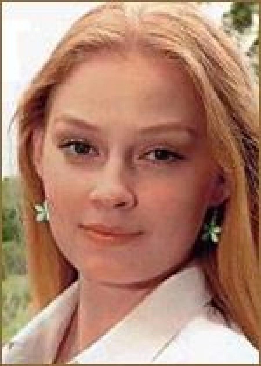 Светлана Ходченкова поражает критиков нарядами