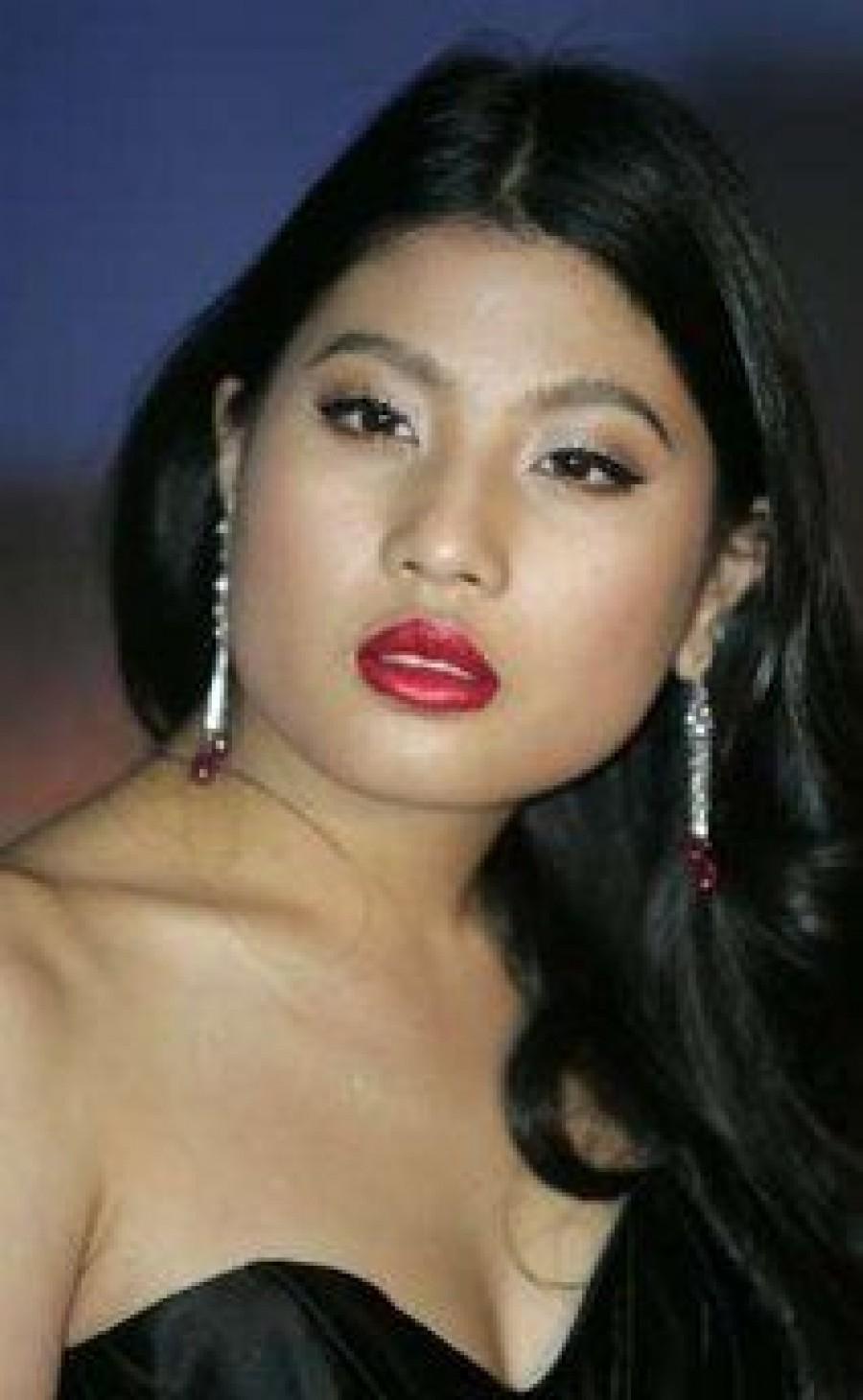 Тайская принцесса выпустила новую линию одежды