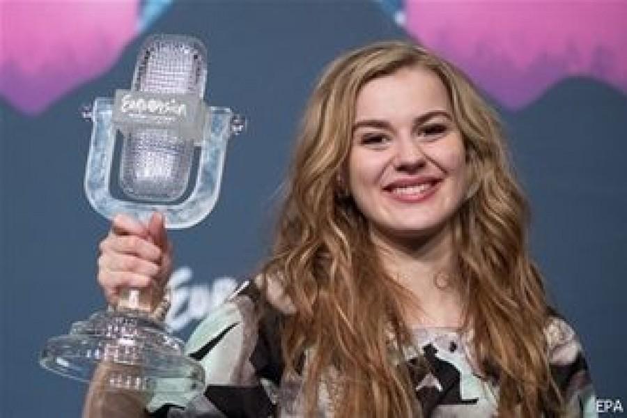 Победительницу Евровидения-2013 Эммили де Форест обвиняют в плагиате