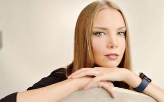 Ольга Арнтгольц: биография, личная жизнь, семья, муж, дети — фото