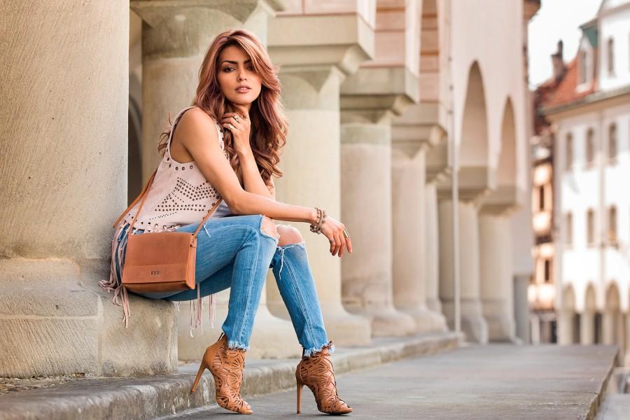 Модные женские джинсы 2020-2021: главные новинки, интересные фасоны, фото