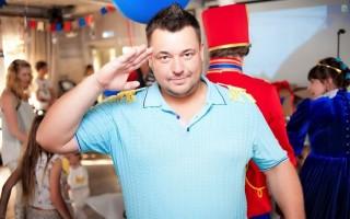 Сергей Жуков 👉 биография, личная жизнь, семья, жена, дети — фото