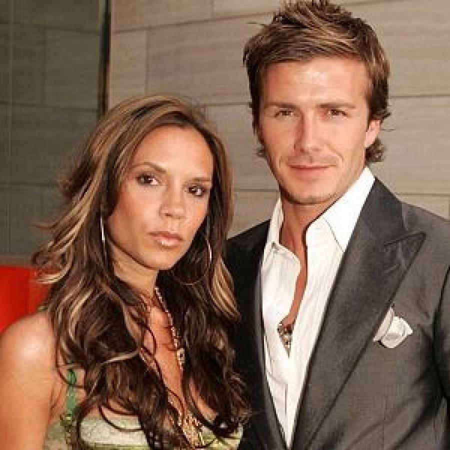 Дэвид и Виктория Бекхэм празднуют годовщину своей свадьбы