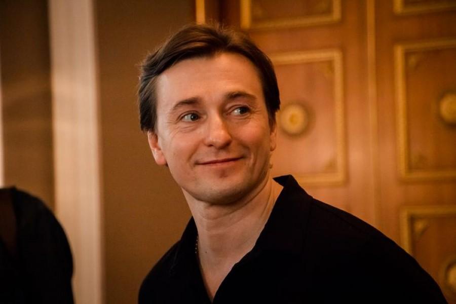 Сергей Безруков: биография, личная жизнь, семья, жена, дети — фото