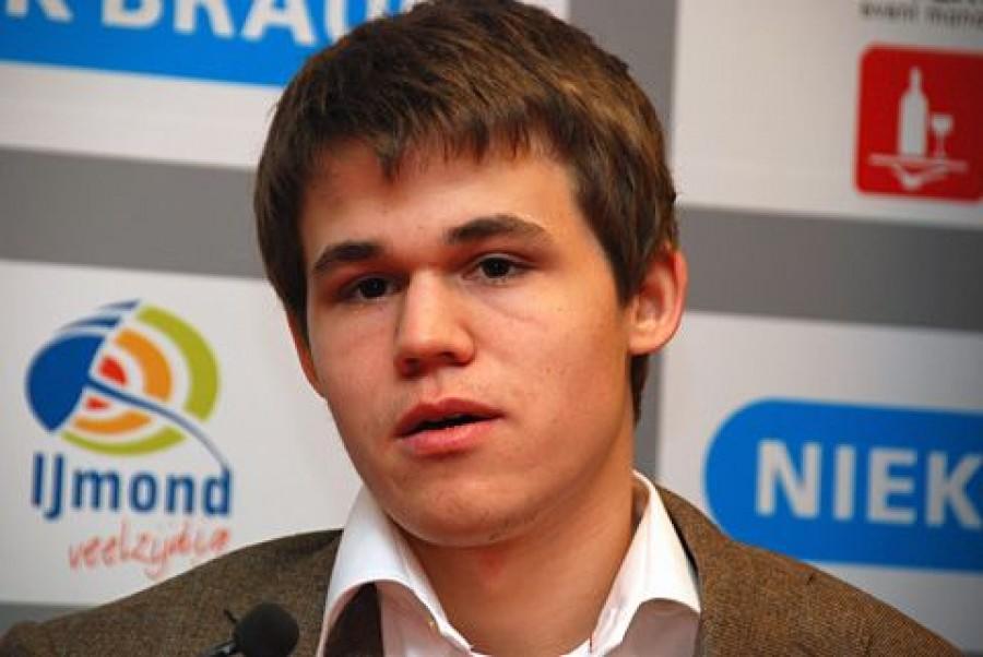 Магнус Карлсен протестует против проведения шахматного матча в Индии