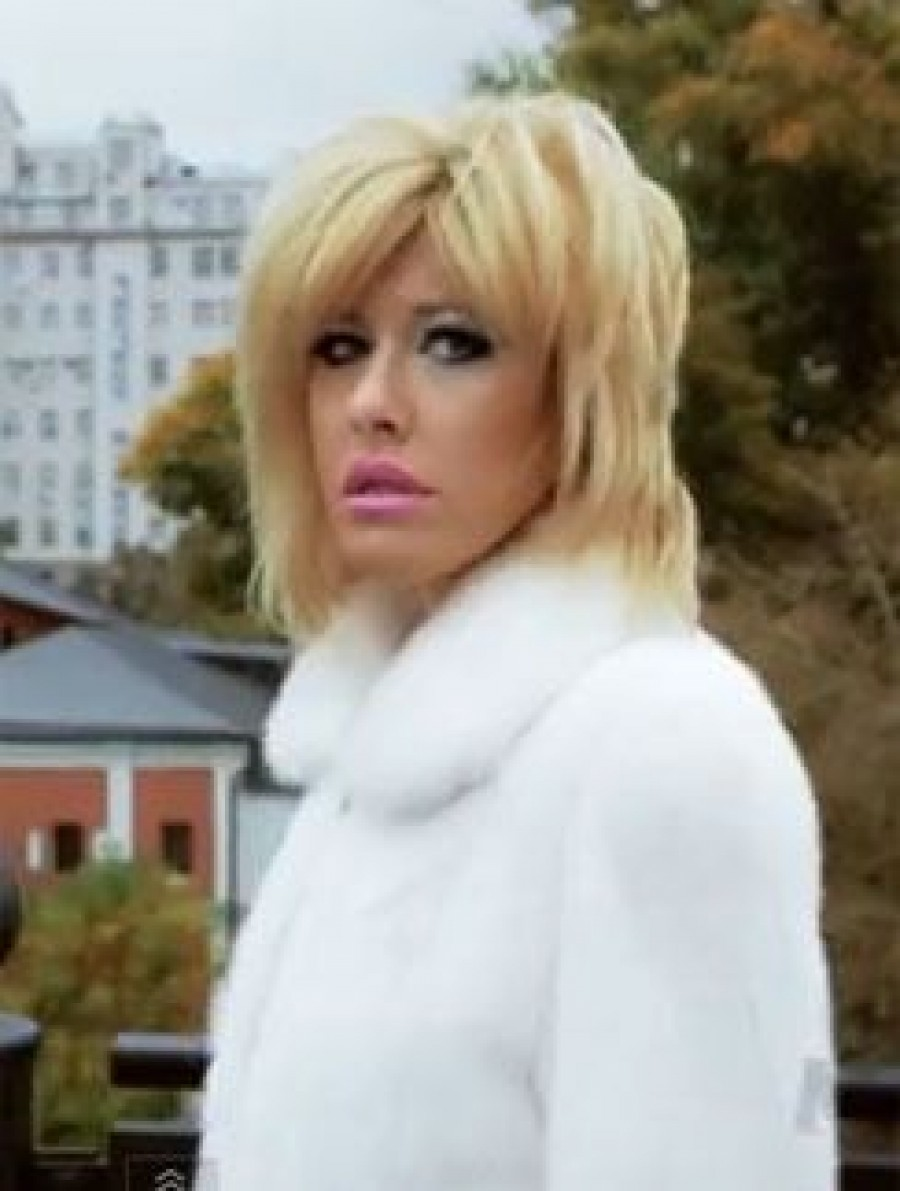 Ксения Собчак спела шансон в новом клипе
