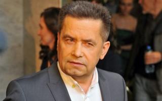 Николай Расторгуев 👉 биография, личная жизнь, семья, жена, дети — фото