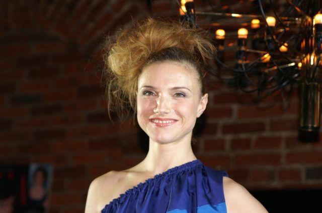 Ирина Тонева биография, личная жизнь, семья, муж, дети — фото