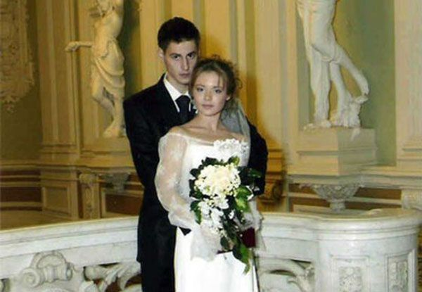 Бывший муж Карины Разумовской – Артем Карасев фото