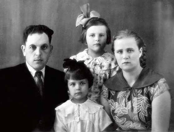 Семья Ирины Алферовой фото