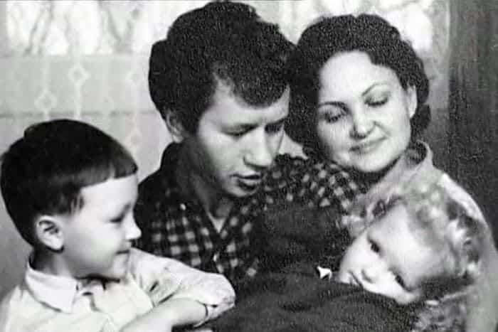 Семья Леонида Быкова фото