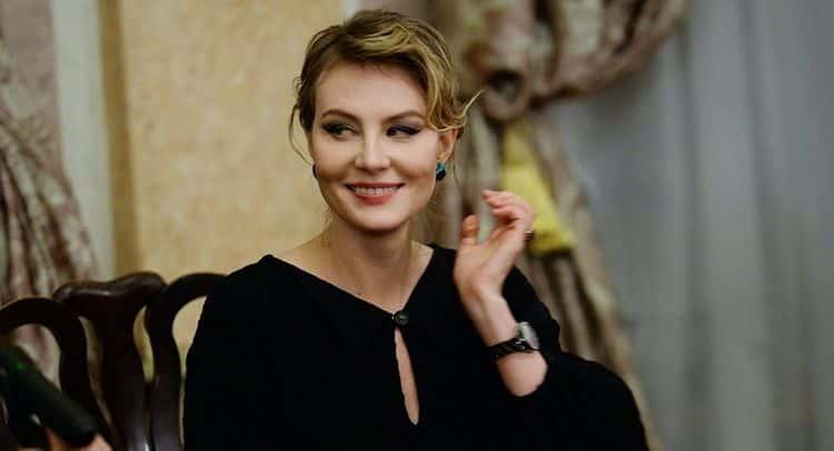 Семья Ренаты Литвиновой (актриса) фото