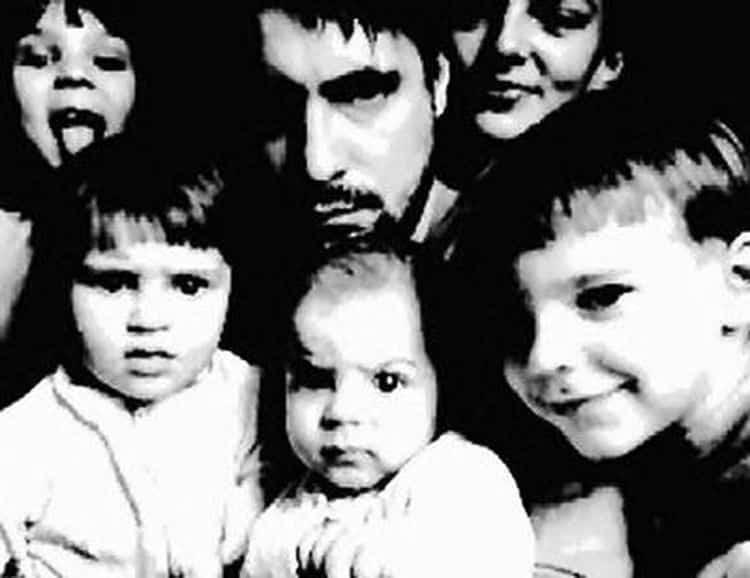 Семья и дети Евгения Цыганова фото