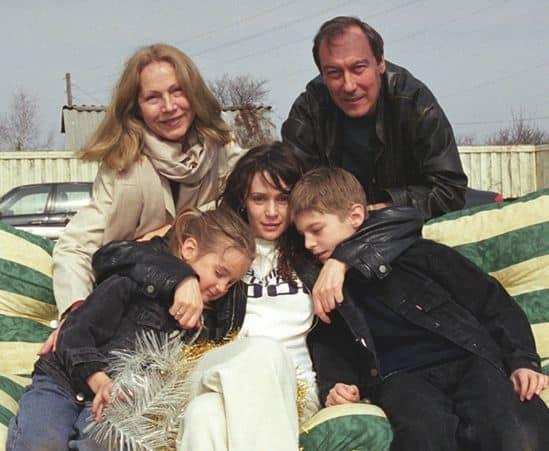 Дети Олега Янковского фото