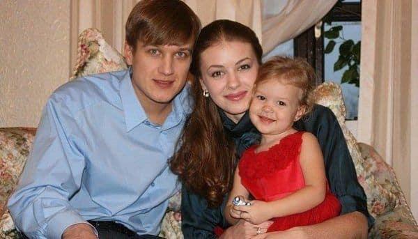 Дочь Анатолия Руденко – Милена Руденко фото