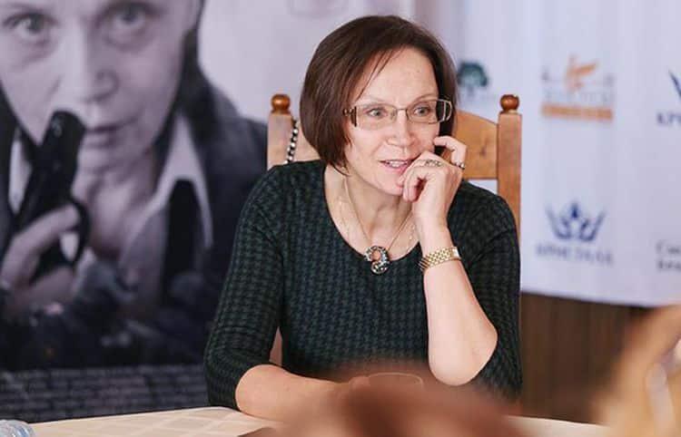 Инстаграм и Википедия Ирины Купченко фото