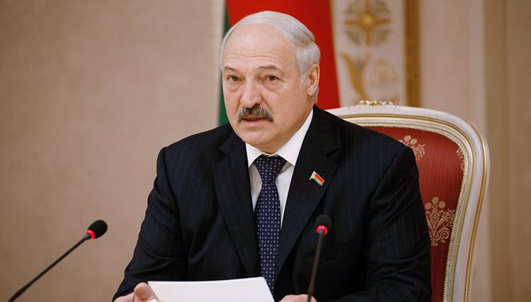 Рост, вес, возраст. Сколько лет Александру Лукашенко фото