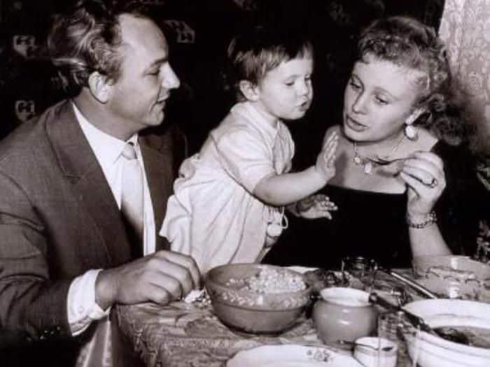 Семья Аллы Ларионовой фото