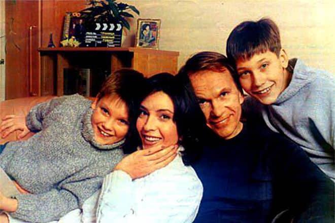 Семья и дети Лидии Вележевой фото