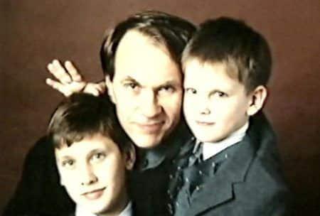 Сын Лидии Вележевой – Дмитрий Гуськов фото
