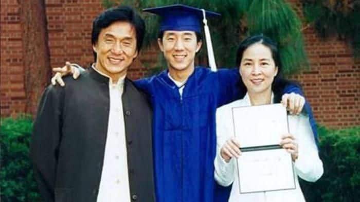 Жена Джеки Чана – Линь Фэнцзяо фото