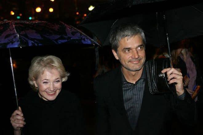 Жена Константина Лавроненко — Лидия Петракова фото