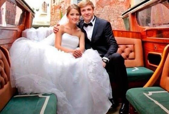 Анна Михайловская и Тимофей Каратаев свадебные фото