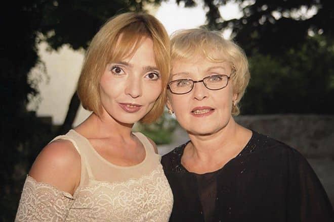 Дочь Ады Роговцевой – Екатерина Степанкова фото