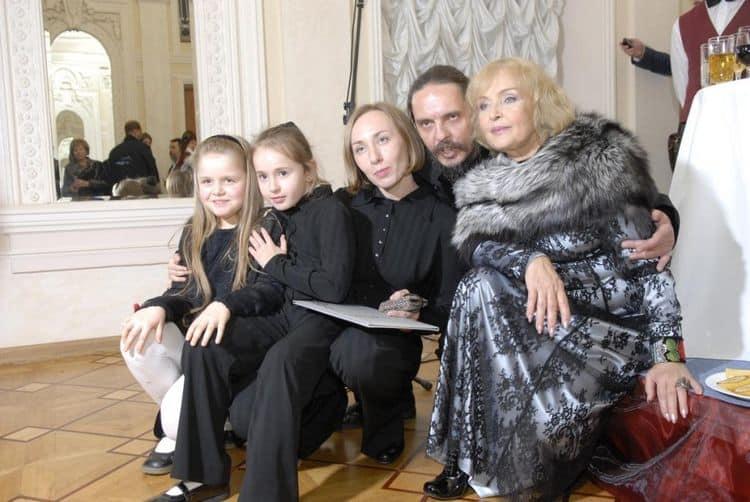 Семья и дети Ады Роговцевой фото