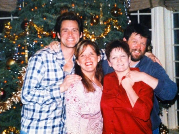 Семья и дети Джима Керри фото