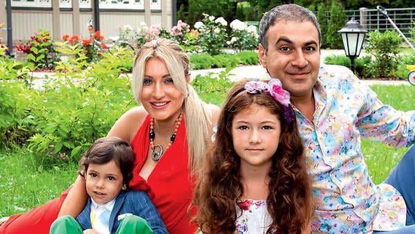 Семья и дети Гарика Мартиросяна фото
