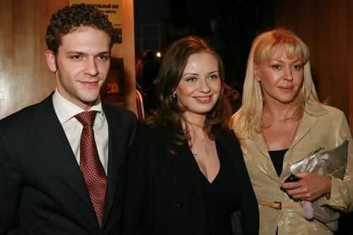 Семья и дети Константина Крюкова фото