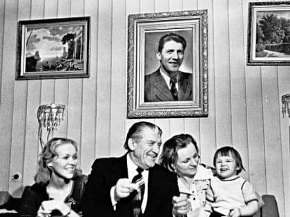 Семья и дети Николая Крючкова фото